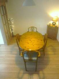 Ducal Victorian Pine Table with 4 chairs