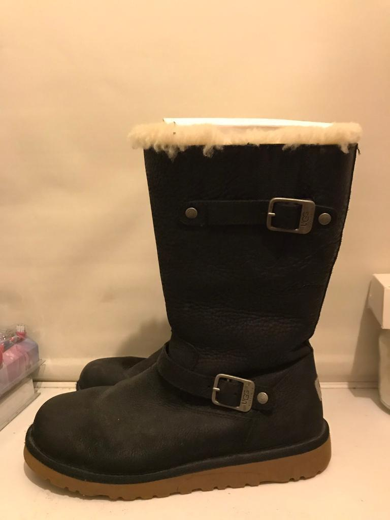 43aa399230a Genuine Ugg Kensington Leather Buckle Black   in Chesterfield, Derbyshire    Gumtree