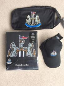 NUFC double duvet cover,hat and boot bag
