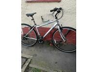 """Apollo hybrid 17"""" frame 28"""" wheels 18 speed bike"""