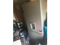 Fridge Freezer American Style with water filter