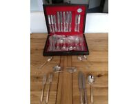Fantastic value canteen of silver plated and stainless steel cutlery