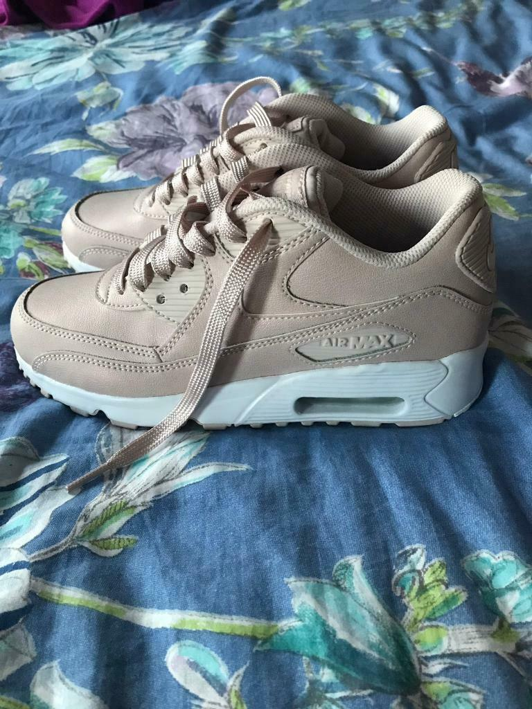 best sneakers 8dfd2 49604 Nike air max 90 , junior size 3, £35 ono, brand new in box