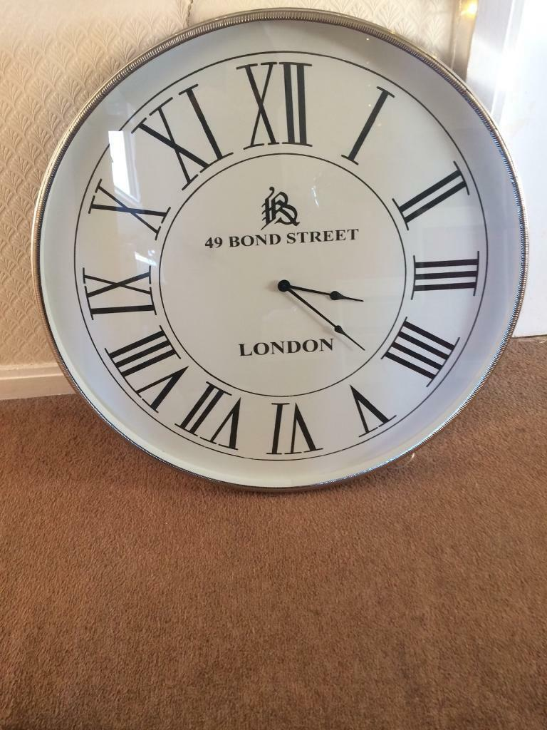 New Large Silver Colour Wall Clock Gorgeous Lk 150 Ono In East
