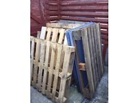 FREE TO COLLECTOR - Wooden Pallets (apprx 9)
