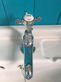 Westminster Hand Basin Taps (Hot & Cold)