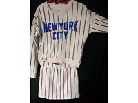 *HOUSE CLEARANCE* ATMOSPHERE baseball NEW YORK sport set skirt blouse size 6