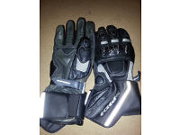 Spidi H2OUT gloves