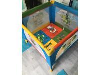 Travel playpen/cot