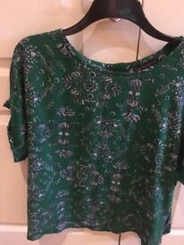 Excellent condition Marks & Spencer blouse. size 18. Green.