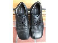 Steel toecap shoe