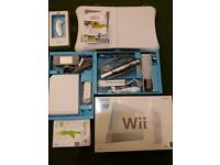 Nintendo Wii Bundle. Very good condition.Hardly used.