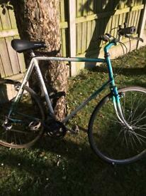 Raliegh large tourer bike