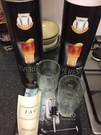 X2 set of 2 creative glassware for cocktails with box - NEW - great gift - £4 for both