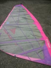 Windsurfing Sails - Neil Pryde V8 7.0 + Lodey 6.0