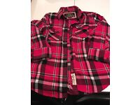 Superdry shirt worn but in very new condition. Size large
