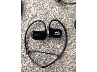 Sony Wireless Headphones (Waterproof 4BG MP3 Player) - Black
