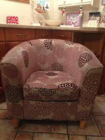 Large Tub chair
