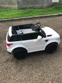 Kids ride in Range Rover