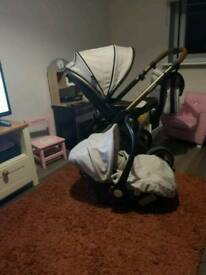 Reduced! Oyster 2 travel system excellent condition