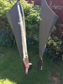 DAWA fishing wellies size 8,