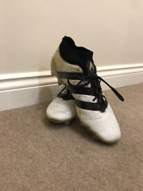 Adidas 16.1 White and Gold Football Boots- size 10.5 UK