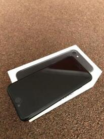 *Mint condition* Iphone 7 128gb unlocked black