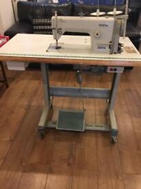 BROTHER heavy duty industrial lock stitch sewing machine in excellent condition and in working order