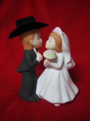 Wedding Party Reception ~Western Cake Topper~ Kissing Bride & Cowboy Groom