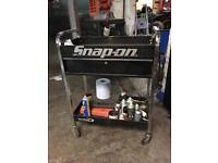 Snap on blue point tool trolly snapon tool