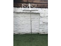 Sliver sheet music stand - compact folding
