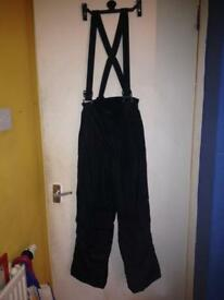 Ski trousers with braces 11-12 yrs