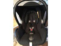 Maxi cosi easyfix base & cabriofix car seat