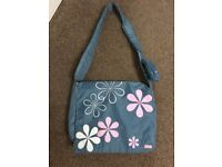 Bag for laptop. Blue with pink, white flowers
