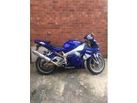 2000 blue Yamaha r1