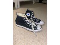 Black hi-too converse - size 5/6