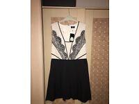 NWT Oasis Dress Size 12