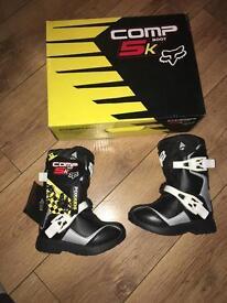 Fox motorcross boots UK10 kids BRAND NEW