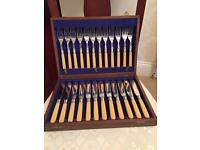 24 Piece Set Knife and Fork Set