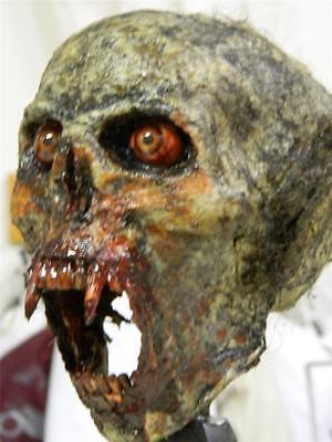 HALLOWEEN HORROR MOVIE PROP - Realistic Vampire Beast Trophy - Halloween Vampire Props