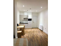 Stunning huge new studio in South Bermondsey ideal for sharers bills including only £240pw!