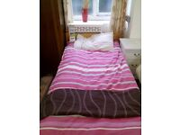 Pine single bed base and mattress REF:GT198