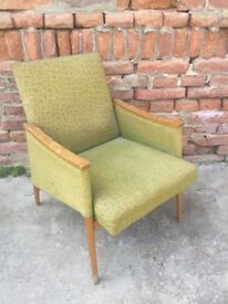 RETRO Timber Framed Easy Chair Eye-catching Design German Mid-Century