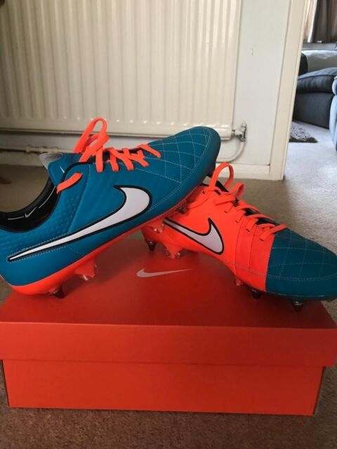 100% authentic 1fe97 ad63f Nike Tiempo Legend V ACC SG Pro Size Uk 9 BNIB Mens Football Boots | in  Hemel Hempstead, Hertfordshire | Gumtree