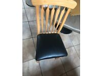 Keen Oak Dining Table And 6 Chairs