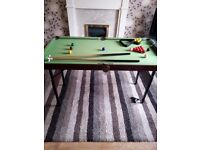 Pool/snooker table (6ft) used but excellent condition