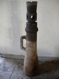 Vintage Large heavy duty railway / lorry truck screw jack, antique