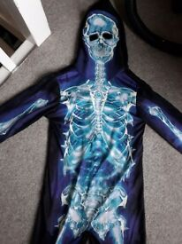 Boys skeleton costume 5-6yrs