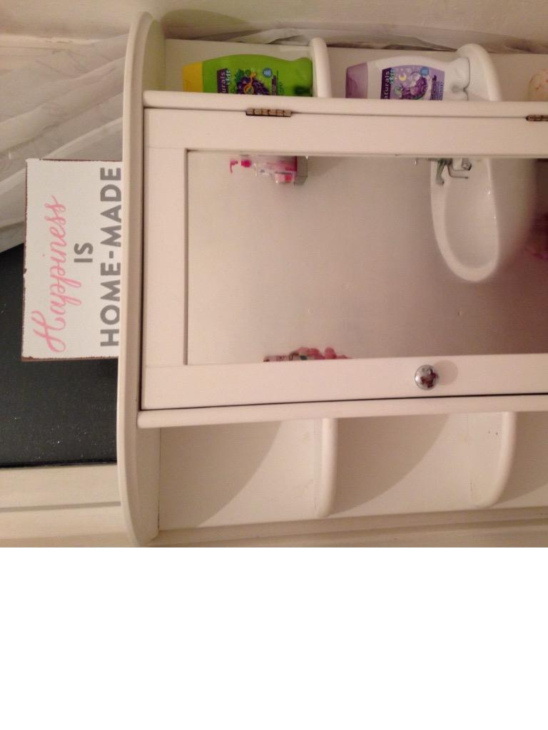 Bathroom cabinet vanity unit wickes excellent condition for Bathroom cabinets gumtree