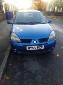 RENAULT CLIO 1.2 55 REG IN METALLIC PAINT WITH 98K AND FULL SERVICE HISTORY AND LONG MOT